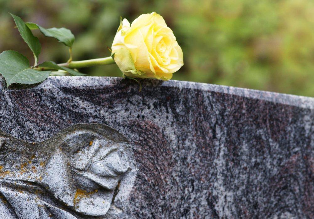 Nagrobki i grobowce 5 - Zakład pogrzebowy Orkus Rzeszów